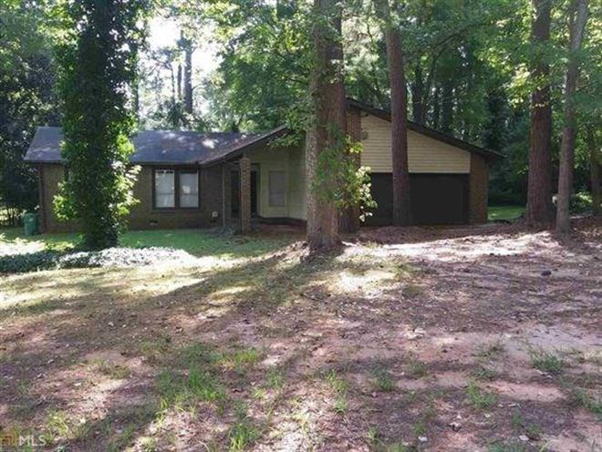 4818 Huntsman Bend, Decatur, GA 30034