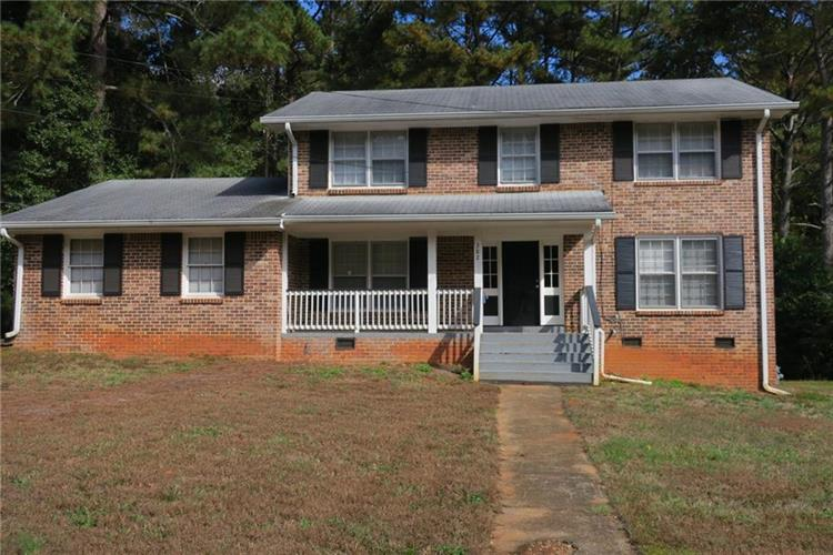 382 Barbashela Drive, Stone Mountain, GA 30088