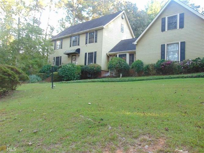 5090 GREENTREE Trail, College Park, GA 30349 - Image 1
