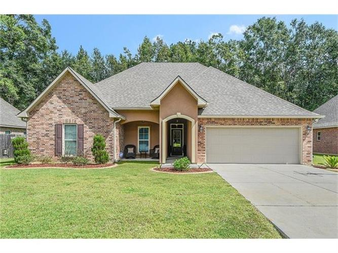 867 WOODSPRINGS Court, Covington, LA 70433