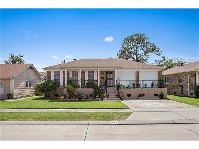 532 N MARLIN Court, Terrytown, LA 70056