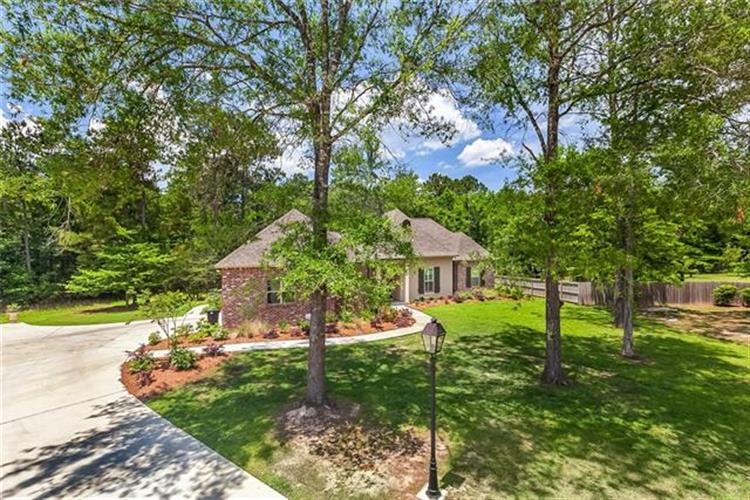 630 W WINDERMERE CHASE, Madisonville, LA 70447