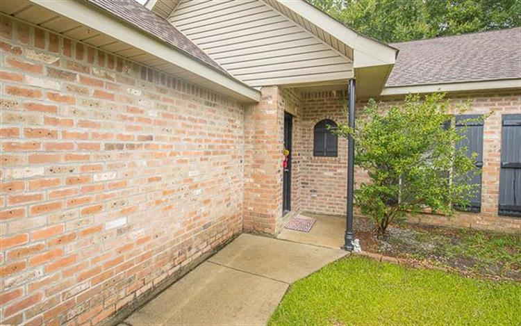 42326 BROADWALK Avenue, Hammond, LA 70403