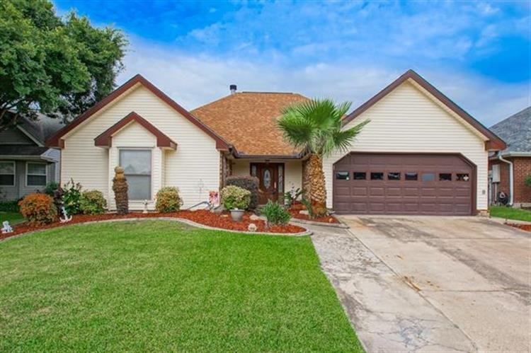 114 SOUTHERN STAR Place, Slidell, LA 70458