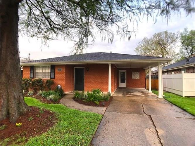 1001 N WOODLAWN Street, Metairie, LA 70001 - Image 1