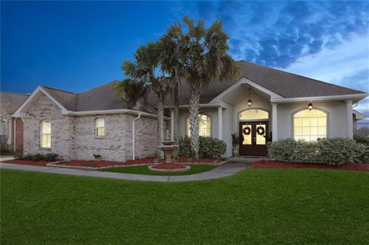 465 OAK POINT Drive, La Place, LA 70068 - Image 1