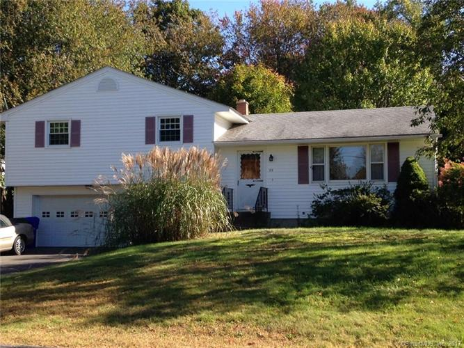 35 Perrett Drive, Thomaston, CT 06787