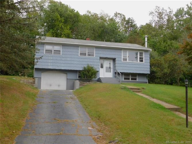 11 Willow Lane, Ledyard, CT 06339