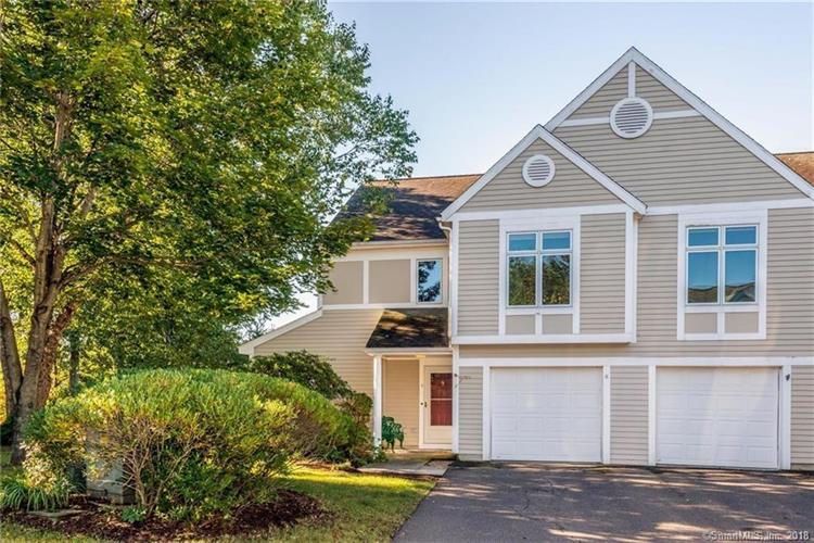 4 Centerbrook Court, Avon, CT 06001