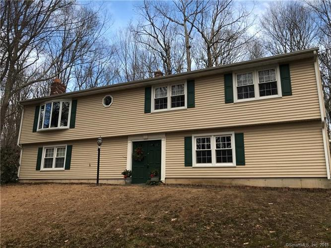 807 Maple Hill Road, Guilford, CT 06437
