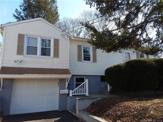 11 Fitch Lane, Riverside, CT 06878