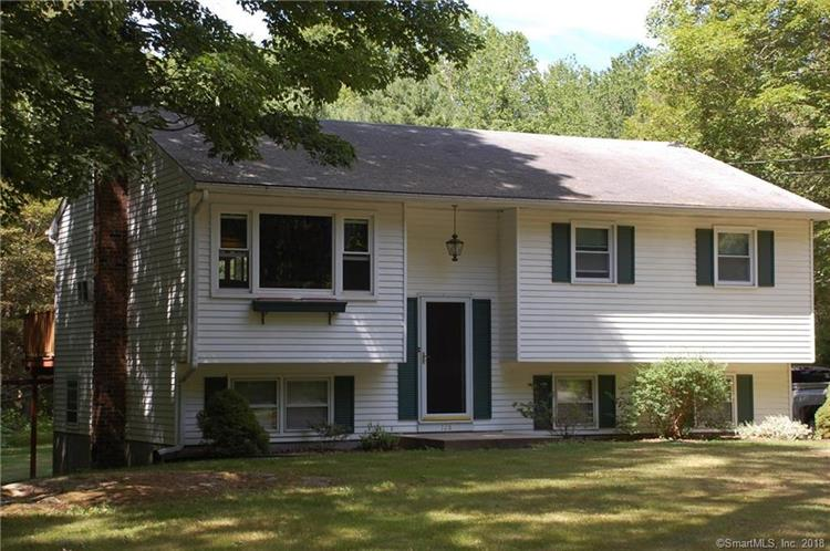 128 Butlertown Road, Waterford, CT 06385