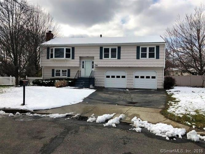 39 Squire Court, Milford, CT 06460