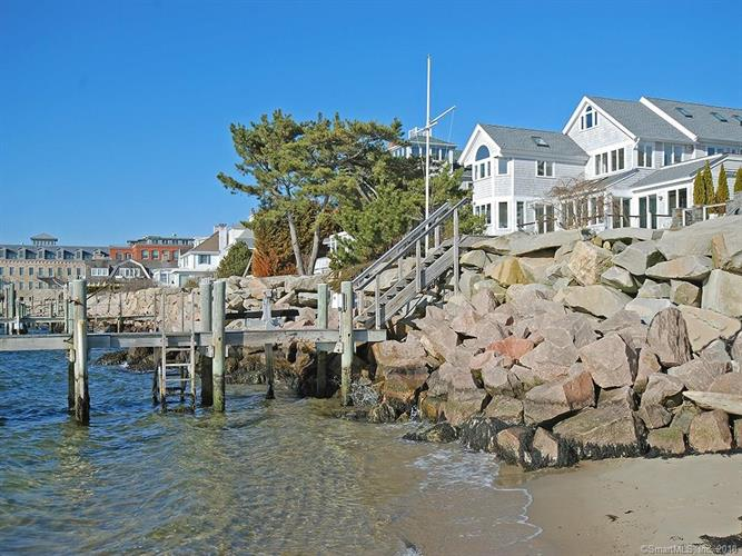 10 Water Street, Stonington, CT 06378