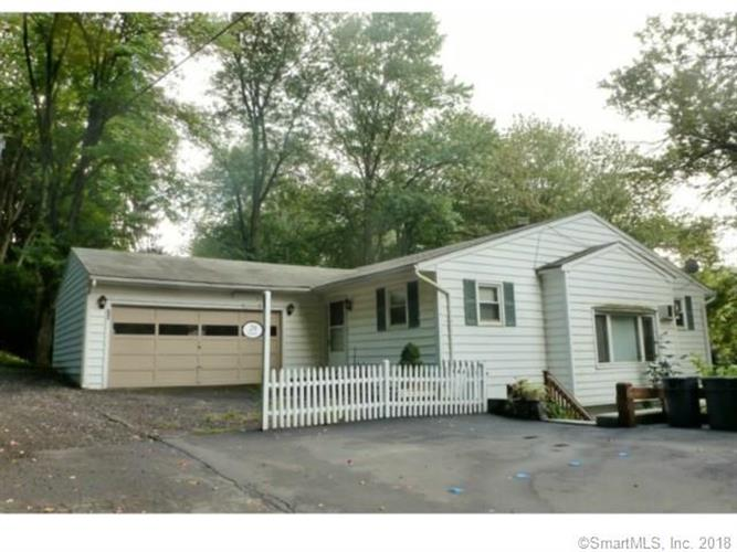29 Moody Lane, Danbury, CT 06811