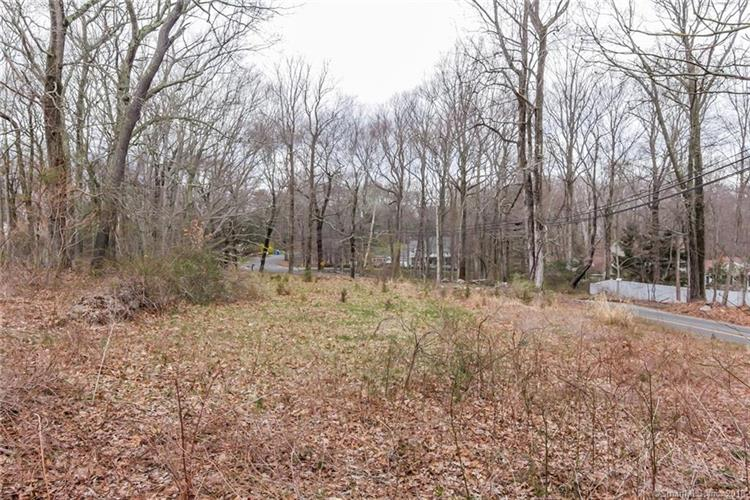Lot 1 Peddlers Road, Guilford, CT 06437