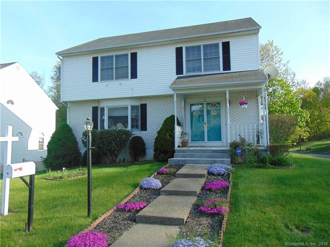 45 Regency Hill, Waterbury, CT 06708