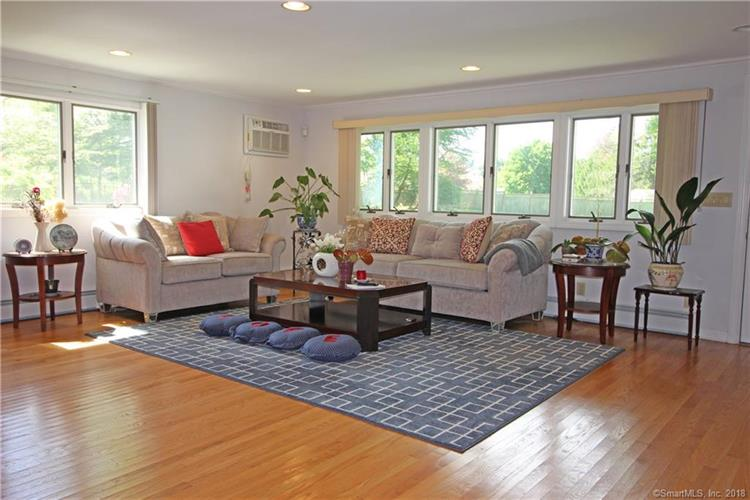 1 Flower Lane, Norwalk, CT 06850