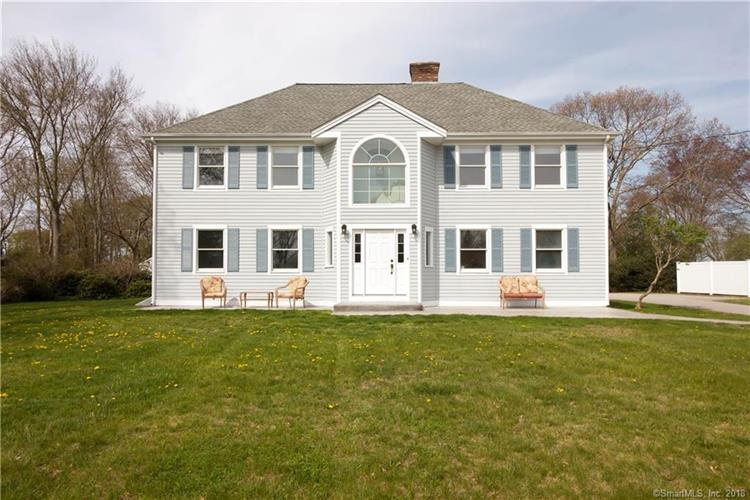 27 Clipper Drive, Stonington, CT 06355