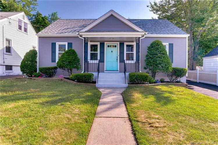 16 Grant Street, East Haven, CT 06512