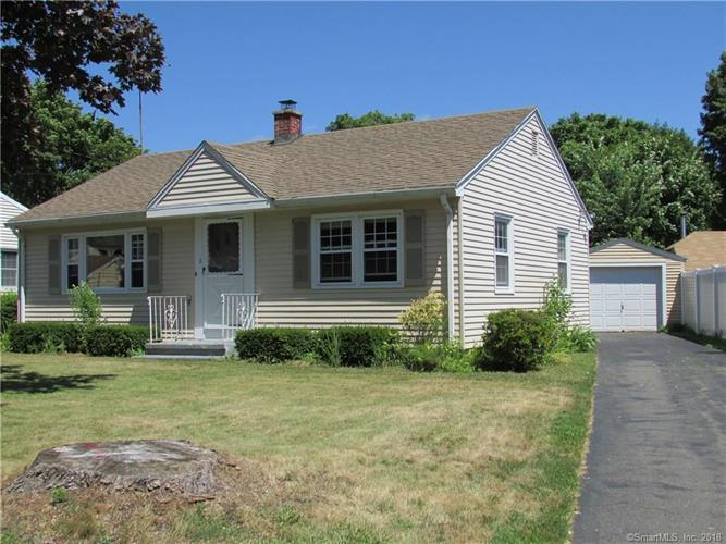 2 Field Place, Branford, CT 06405