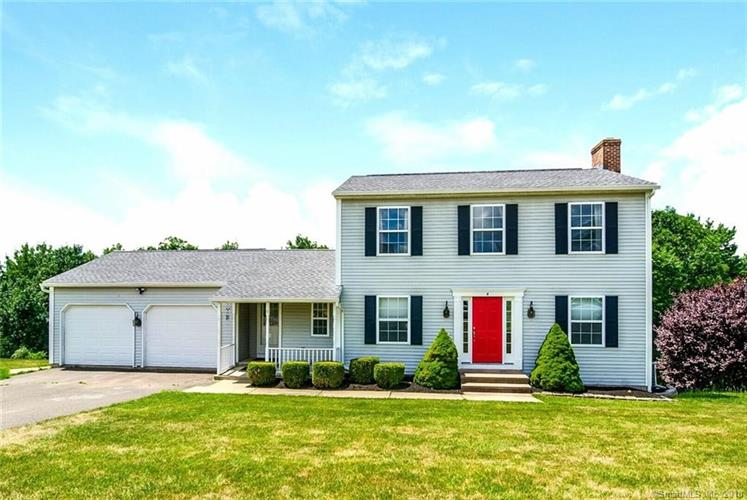 4 Meadow Road, Cromwell, CT 06416