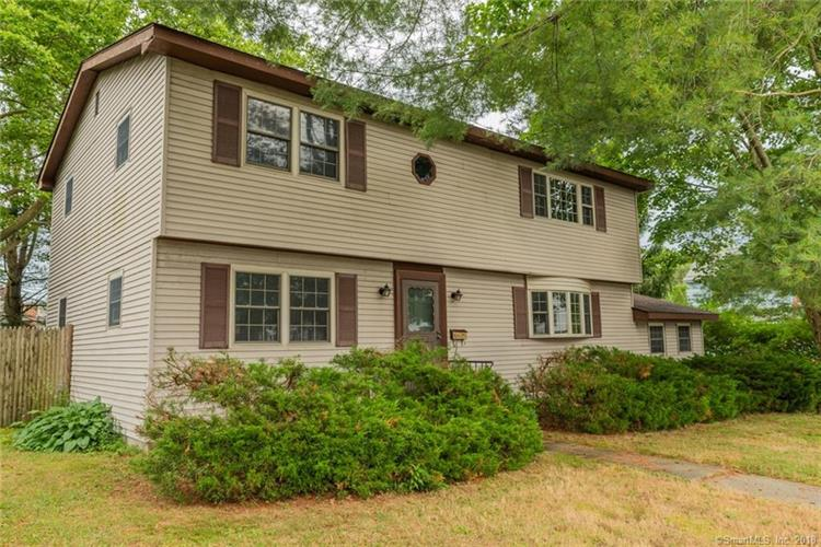 828 Montauk Avenue, New London, CT 06320
