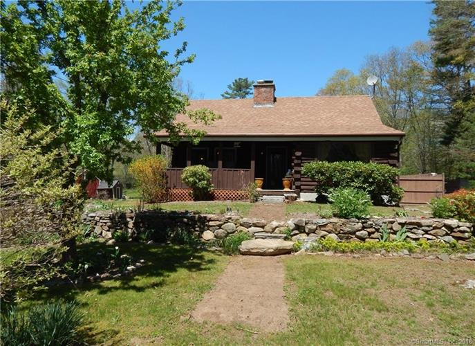 487 Providence New London Tpk, North Stonington, CT 06359