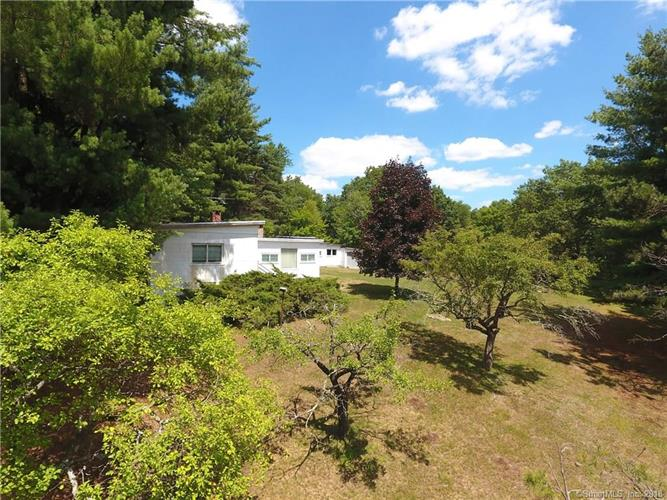 10 Morey Road, Sharon, CT 06069