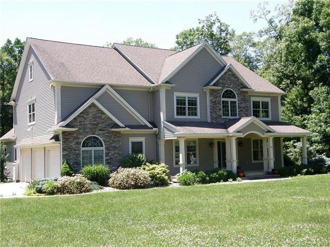 60 Beacon Hill Drive, Mansfield, CT 06268