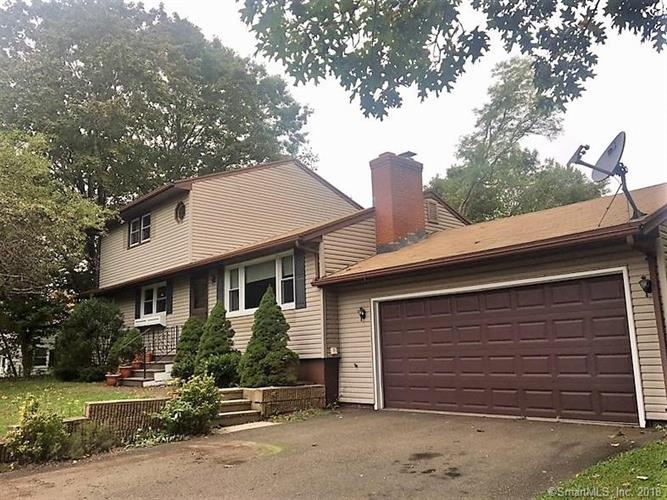 120 Heathridge Road, Hamden, CT 06514