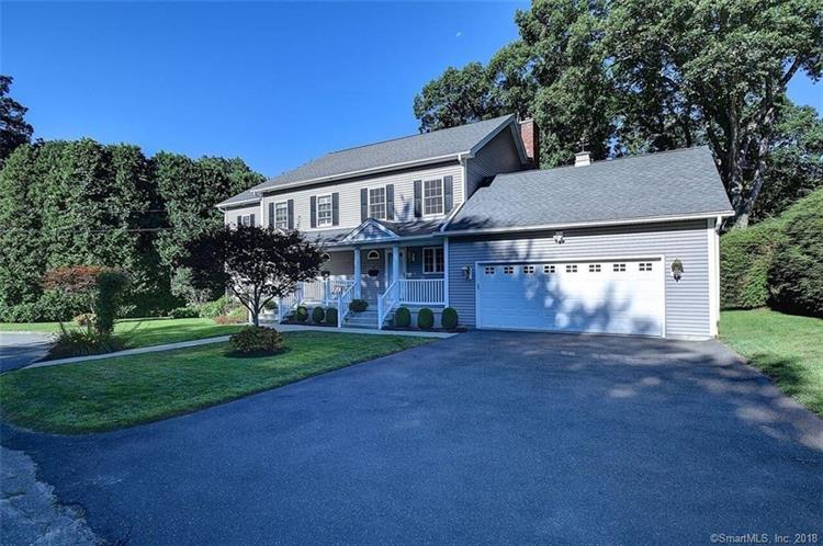 44 Regal Court, Waterbury, CT 06705