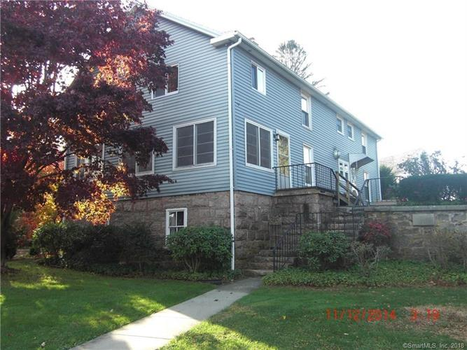 3 Halls Point Road, Branford, CT 06405