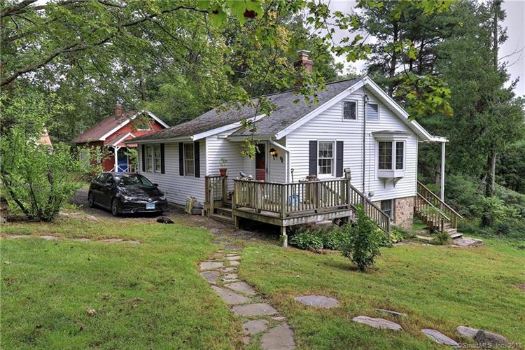 350 Amity Road, Bethany, CT 06524