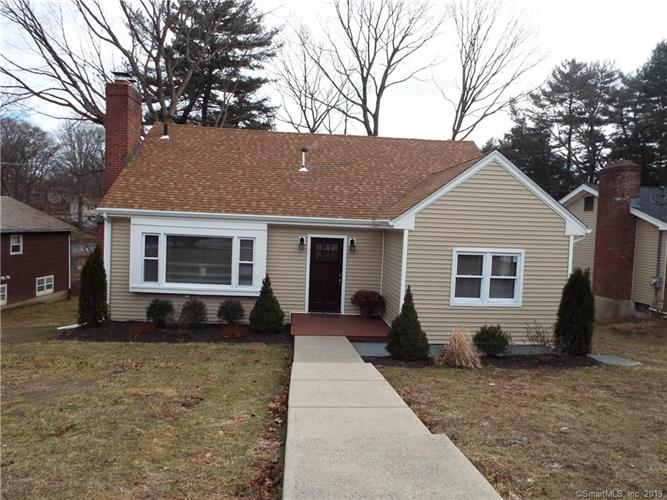 160 Pine Point Drive, Bridgeport, CT 06606 - Image 1