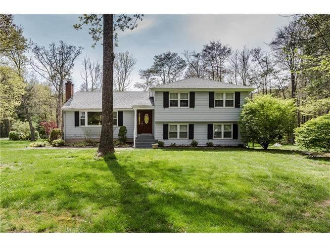 4 Ox Bow Drive, Avon, CT 06001