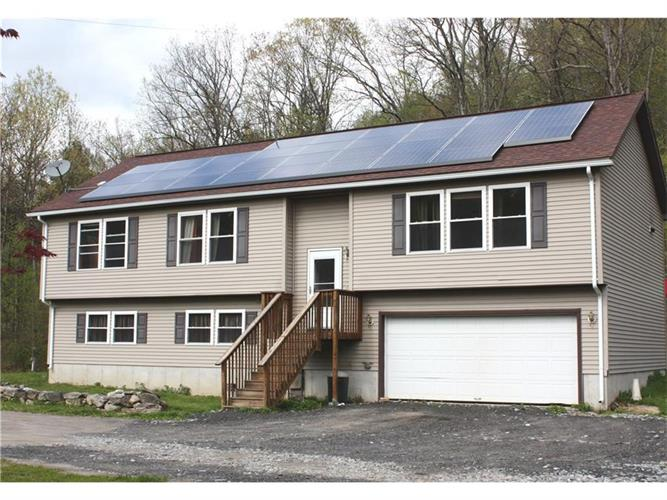 14 Sunset Road, Plymouth, CT 06782