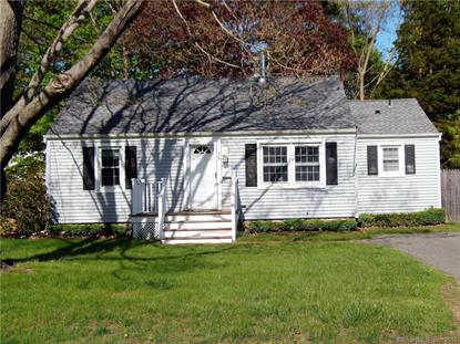 26 Cedar Island Avenue, Clinton, CT