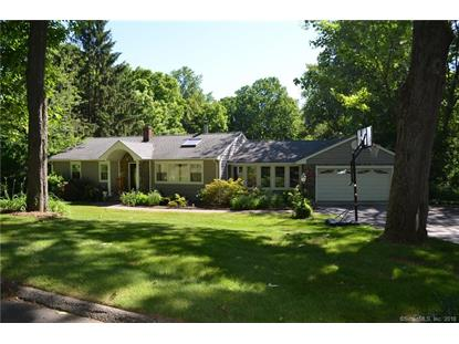 29 Great Neck Road, Trumbull, CT