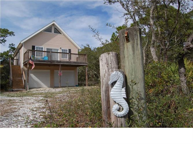 949 WEST PINE AVE, ST. GEORGE ISLAND, FL 32328