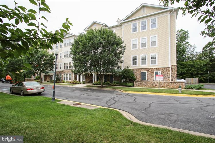 300 HIGH GABLES DRIVE, Gaithersburg, MD 20878