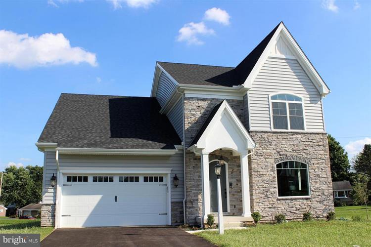 2546 CAMAS LANE, East Petersburg, PA 17520 - Image 1