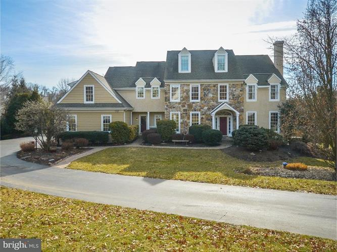2 DANIEL DRIVE, Chester Springs, PA 19425