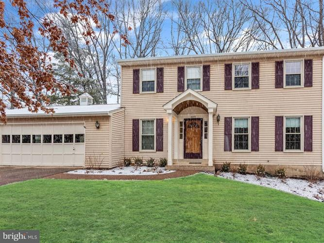4277 COUNTRY SQUIRE LANE, Fairfax, VA 22032