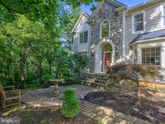 14987 THICKET COURT, Waterford, VA 20197