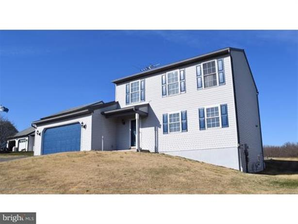 214 CRYSTAL CIRCLE, Birdsboro, PA 19508