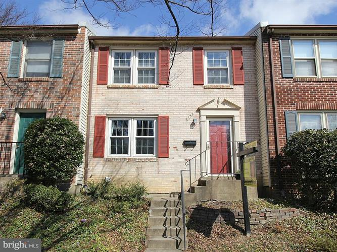 157 ANNANDALE ROAD W, Falls Church, VA 22046