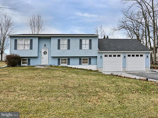 96 CURTIS DRIVE, East Berlin, PA 17316