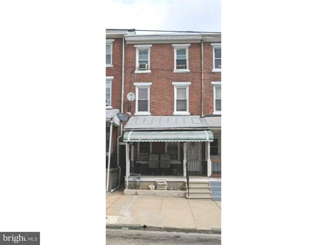 215 E WOOD STREET, Norristown, PA 19401