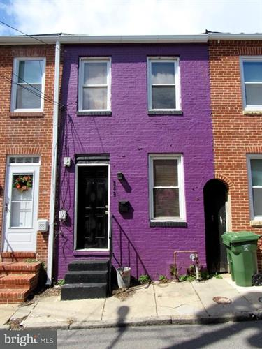 242 DURHAM STREET, Baltimore, MD 21231